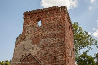 Вершина башни Канта. Руины замка Грос Вонсдорф. Калининградская область