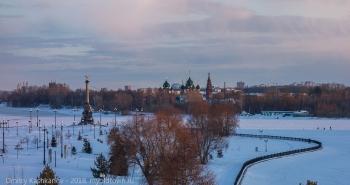 Памятник 1000-летию Ярославля и храмовый комплекс в Коровниках
