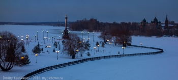 Памятник 1000 лет Ярославлю. Утреннее фото