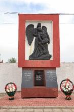 Памятник шатковцам, погибшим в локальных войнах