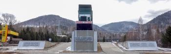 Памятник строителям Красноярской ГЭС. Трудовой подвиг автомобилистов