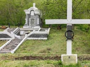 Братская могила защитников города Петропавловска от нападения англо-французской эскадры в 1854 г.