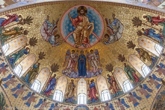 Внутри Морского собора. Фото