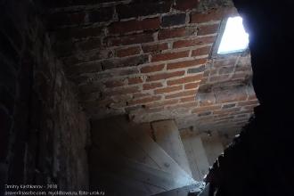 Правдинск. Георгиевская церковь. Спуск с башни