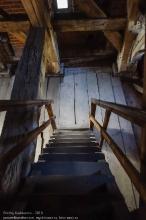 Правдинск. Георгиевская церковь. Взгляд вниз с лестницы