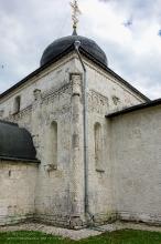 Георгиевский собор. Наиболее сохранившийся фрагмент резьбы