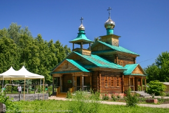 Храм в честь преподобного Варнавы Ветлужского. Поселок Варнавино. Фото