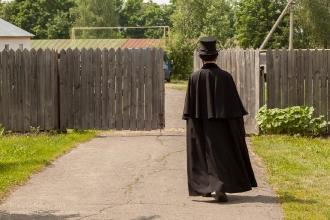 Финал праздника поэзии. Пушкин уходит за ворота