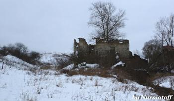 Разрушенная мельница. Неелово. Псков