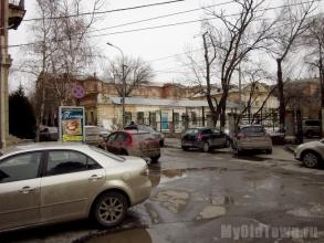 Вторая Царицынская женская гимназия. Вид со двора. Фото Волгограда