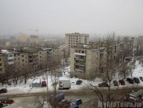 Аварийное здание. Поселок завода имени Петрова
