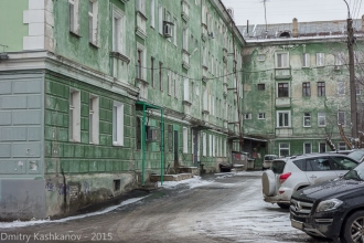 Во дворе дома 57 по пр. Ленина. Дзержинск