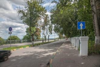 Тихая улица. Фотографии Верхне-Волжской набережной. Нижний Новгород