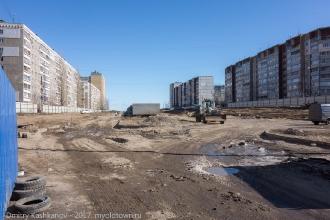 Улица Пролетарская. Бывшая платная автостоянка между домами