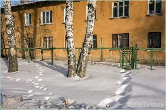Тропинка и калитка. Улица Афанасьева. Нижний Новгород. Фото
