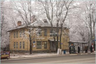 Улица Белинского, д. 39. Старые деревянные дома в Нижнем Новгороде. Фото 2014 года