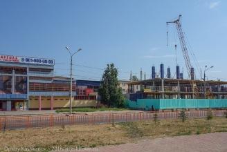 Новый торговый центр на месте бывшего дворца пионеров. Фото