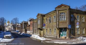 Дом 6 по улице Славянской. Фото 2016 года