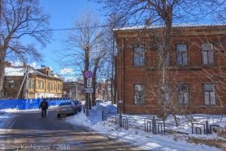 Улица Славянская. Дома 2 (слева) и 3 (справа). Нижний Новгород
