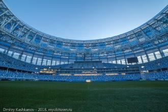 Фото стадиона с уровня газона