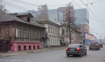 Старые дома под снос на Большой Покровке в Нижнем Новгороде. Фото 2015 года