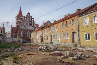 Правдинск. Калининградская область. Калининградская улица. Разрушенный старинный дом