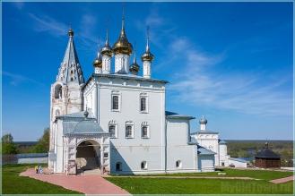 Николо-Троицкий мужской монастырь. Весеннее фото