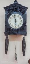 Часы с кукушкой, гирями и маятником